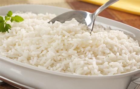 Oito dicas para deixar o arroz soltinho