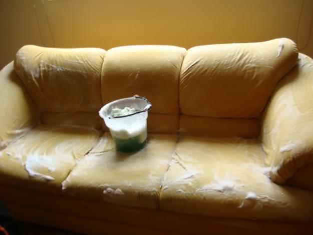 limpar sofa com bicarbonato